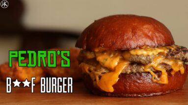 Have you ever eaten a BEEF & BONE MARROW BURGER? I review this new burger from O Pedro (Mumbai)